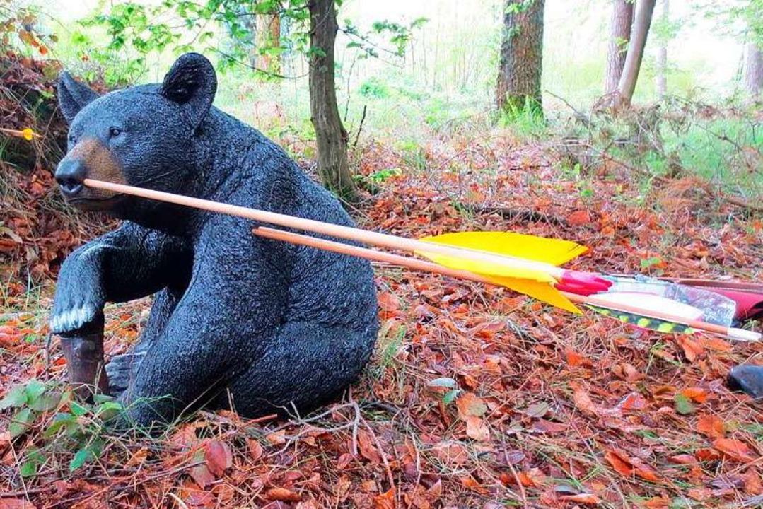 Beim 3D-Bogenschießen wird nicht auf f...ierfiguren aus Kunststoff, geschossen.  | Foto: LongBow Team Minseln