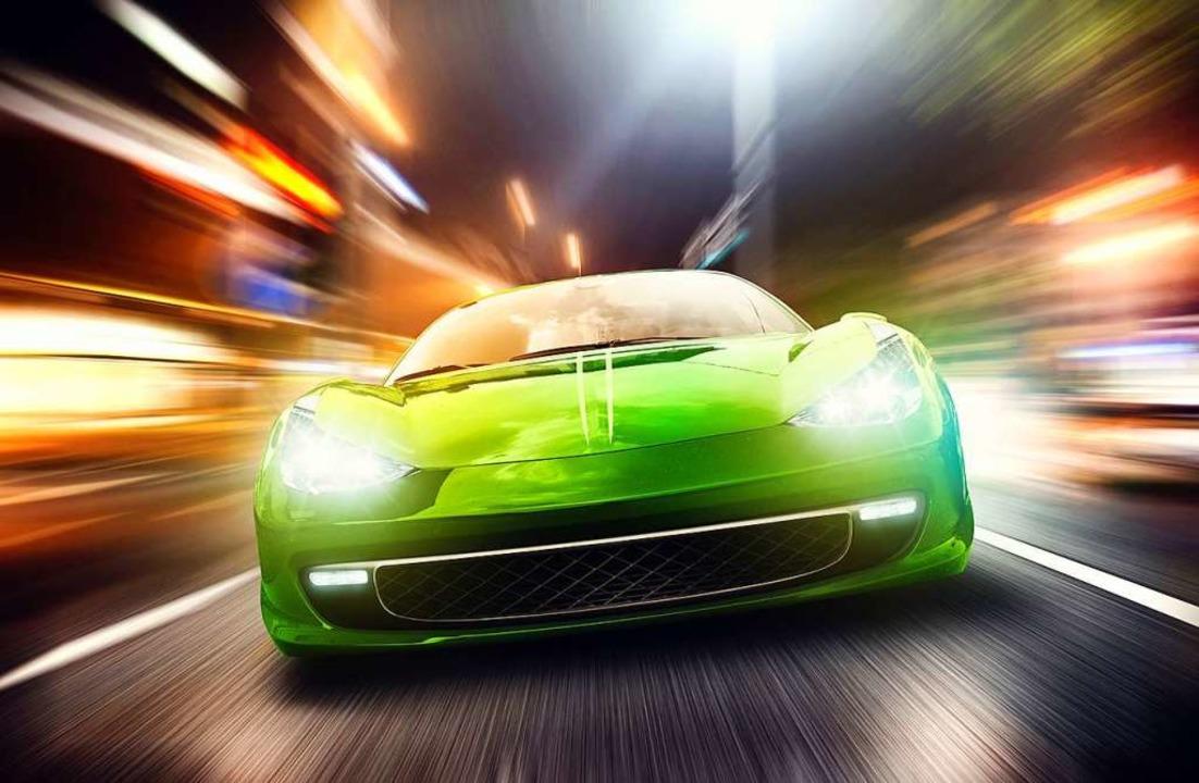 Aufgemotzte Autos, die durch die Straßen lärmen, nerven  Bürger.  | Foto: lassedesignen - Fotolia
