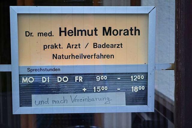 Arzt aus Friedenweiler gibt wegen Bürokratie seine Kassenzulassung zurück