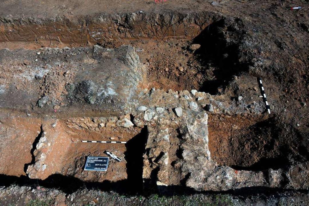 Die Fundamente des  Schlosses wurden 2018 von Archäologen freigelegt.  | Foto: Landesamt für Denkmalpflege