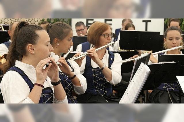 Musikfest in Oberwihl bietet alles, was das Herz begehrt