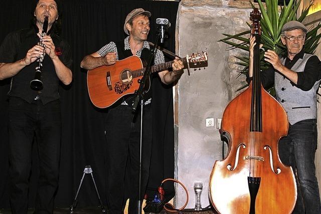 Klezmermusik begeistert die Besucher im Enkendorf