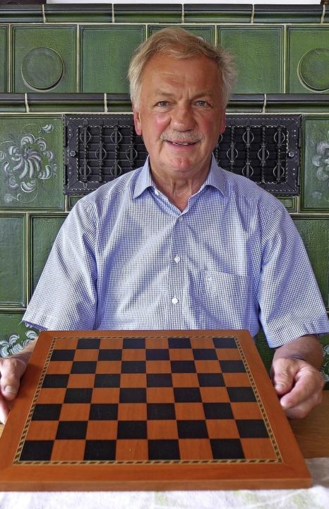 Schach ist seine Leidenschaft: Bernhard Fischer    Foto: Sarah Schädler