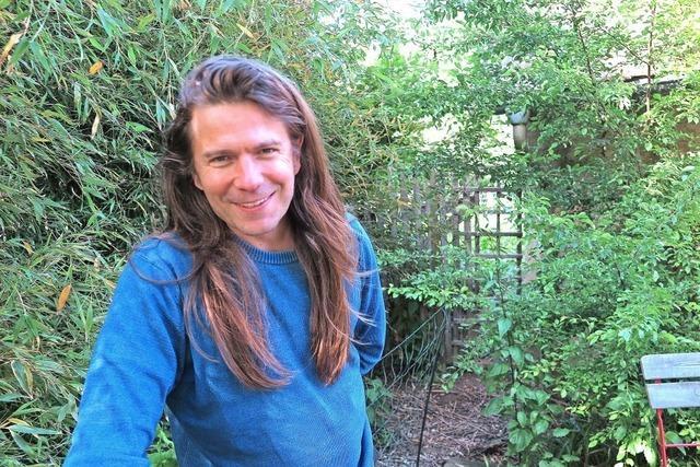 Sulzburger Autor stellt seinen Debütroman in Müllheim vor
