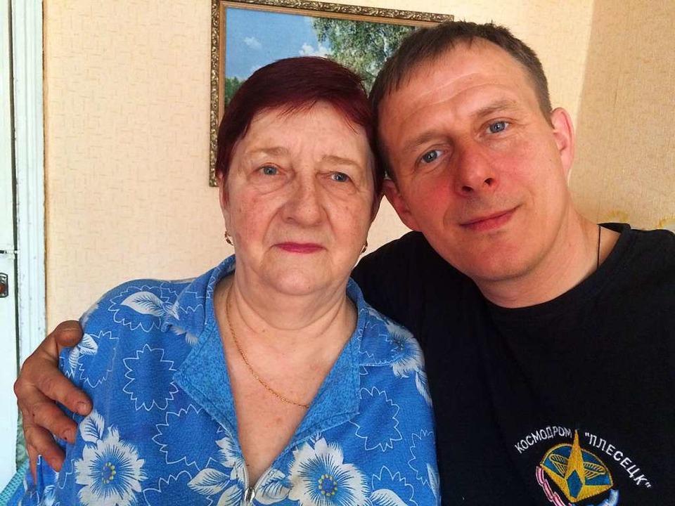 Larissa Nowikowa und ihr Neffe Igor Wolimbowski   | Foto: Stefan Scholl