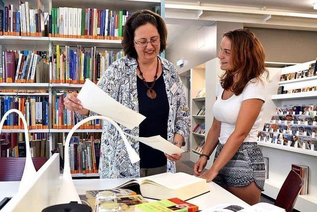 In der Freiburger Stadtbibliothek bereiten Abiturienten ihre Prüfung vor