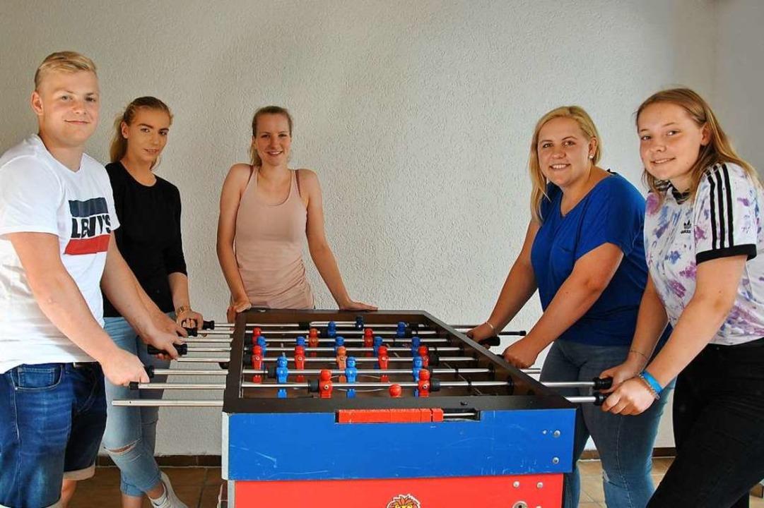Ein Kickertisch darf im Jugendraum natürlich nicht fehlen.  | Foto: Ralph Fautz