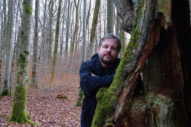 Ehemaliger Hebel-Abiturient forscht über die Deutschen und den Wald