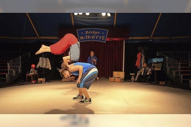 Cirque Intense tritt in Neuenburg auf