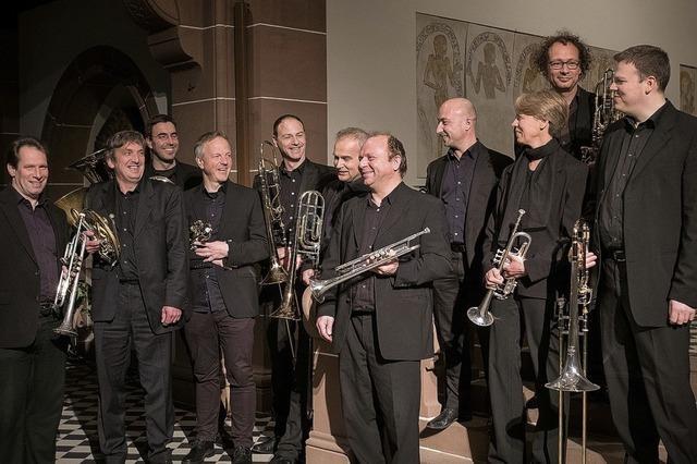 """Freiburger Blechbläserensemble """"senza legno"""" spielen im Münstertal"""