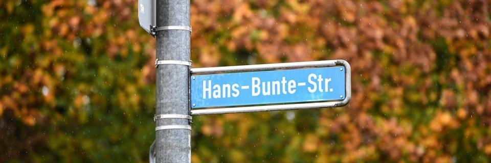 Prozess im Hans-Bunte-Fall in Freiburg beginnt - Polizei sucht weitere Verdächtige