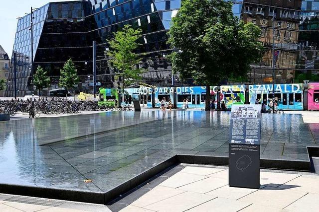 Diskussion um das richtige Erinnern am Synagogenbrunnen geht weiter