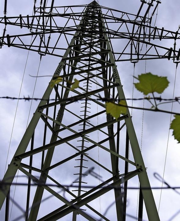 Wer die Ortsteile künftig mit Strom versorgt, bleibt unklar.   | Foto: Jonas Hirt