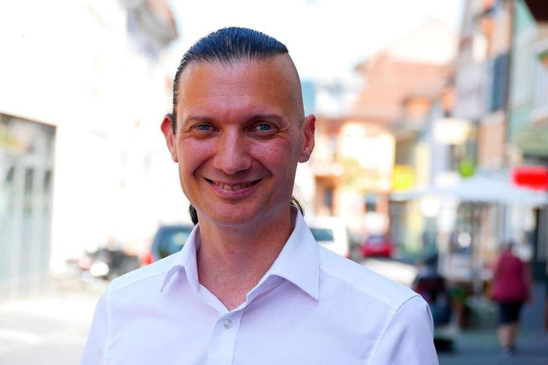 Jürgen Durke, gerade in den Gemeindera...en Chefsessel im Rathaus in den Blick.  | Foto: Mark Alexander