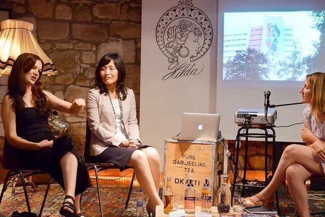 Japanische Informatikerin und Freiburger Streetart-Künstlerin sprechen über Roboter