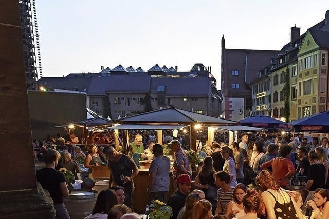 Das 48. Freiburger Weinfest findet von 4. bis 9. Juli auf dem Münsterplatz statt
