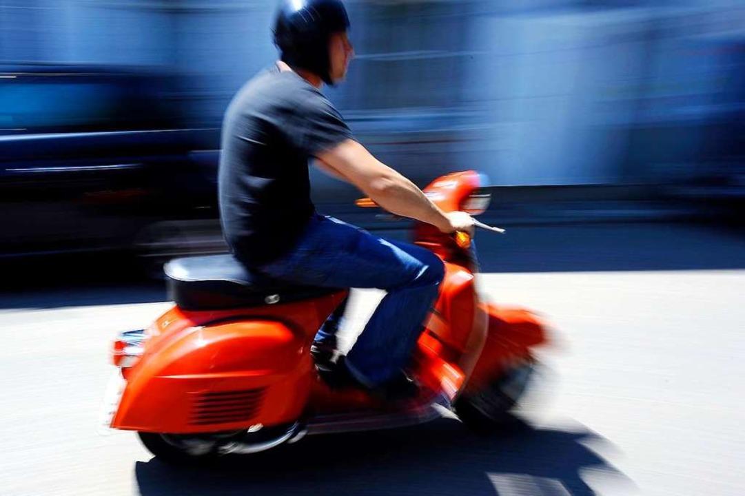 Der Rollerfahrer flüchtete vom Unfallort.  | Foto: Ingo Schneider