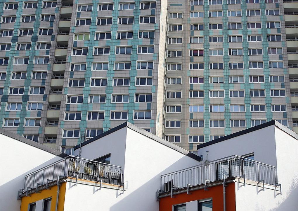 Wohnungsmangel, auch wenn es nicht so ... in Berlin ein Jahr nach einem Domizil  | Foto: Wolfgang Kumm (dpa)