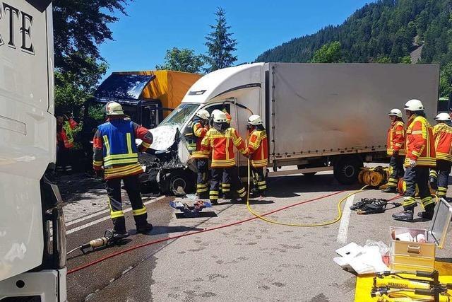 B31 im Höllental ist nach Lastwagenunfall wieder frei