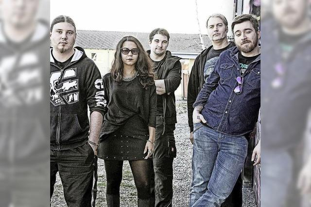 Drei Bands im Stud: Bad Moon Rising, Das Gedöhnstier, Among The Swarm
