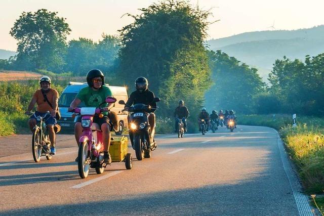 Mit 50 Kubik durch den Schwarzwald beim Moped-Marathon