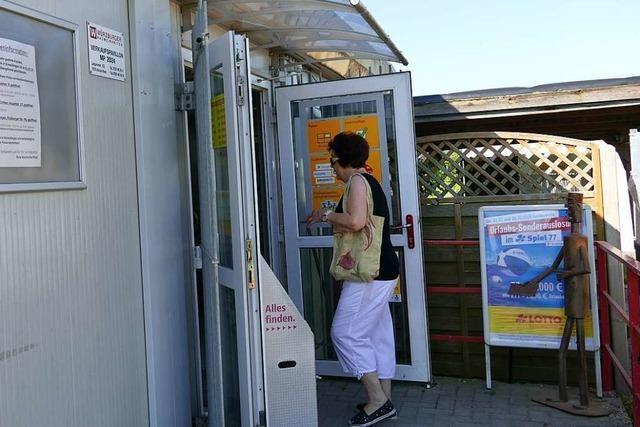 Ein letzter Besuch im Postladen von Marion Kreuz in Eimeldingen