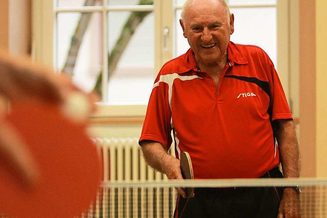 Mit 83 Jahren hat er den Spaß am Sport nicht verloren.    Foto: Patrik Müller