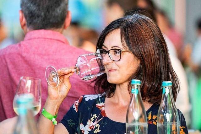 Video: So war die Wein-Fass-Bar 2019 in Oberrotweil