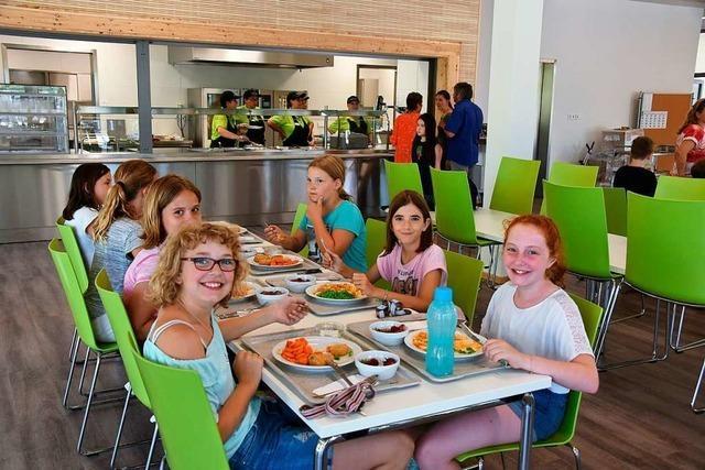 Neue Schulmensa in Maulburg eröffnet