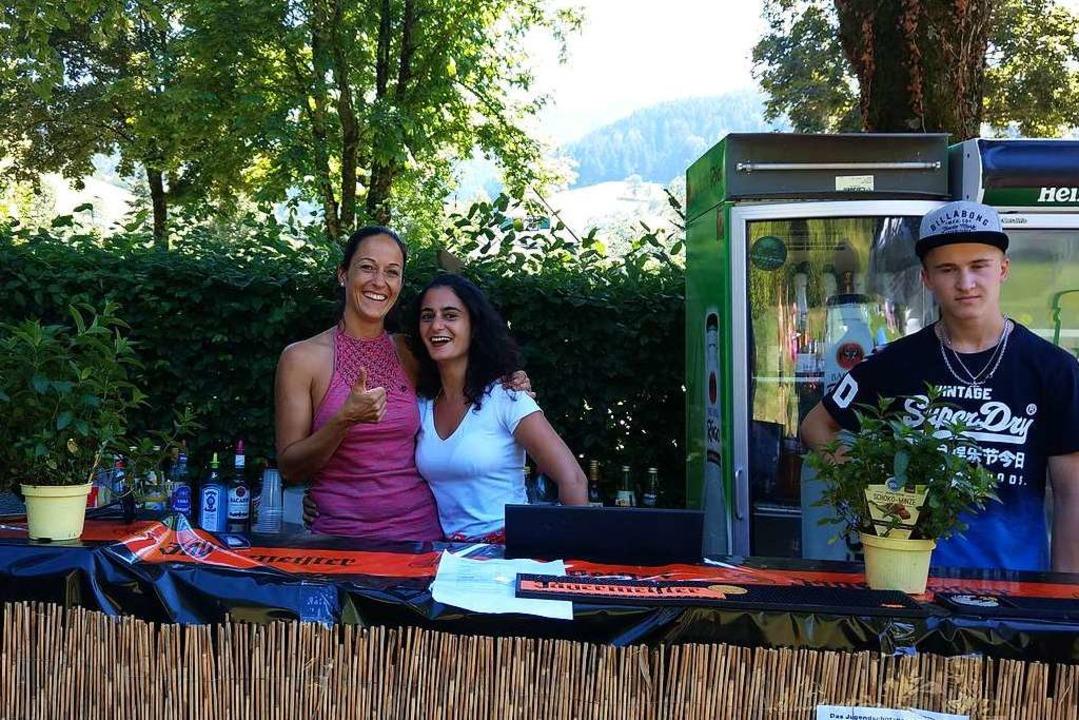 Bei der Cocktailbar gibt es Cocktails,...aber auch nicht-alkoholische Getränke.  | Foto: Sarah Schädler