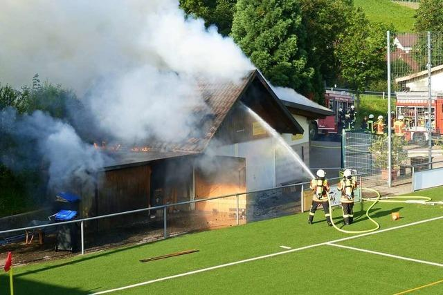 Brand im Clubheim-Nebengebäude des FSV Ebringen