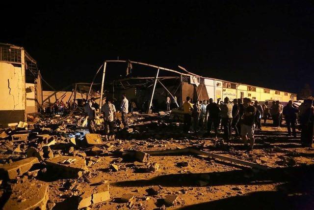35 Tote und 70 Verletzte bei Angriff auf Migrantenlager in Libyen