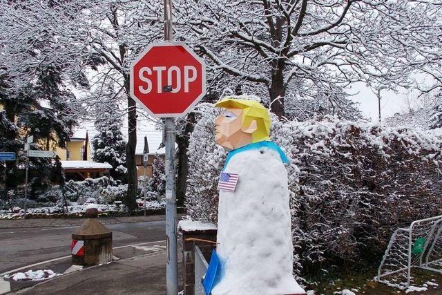 Trump-Schneemann im Freiburger Stadtteil St. Georgen