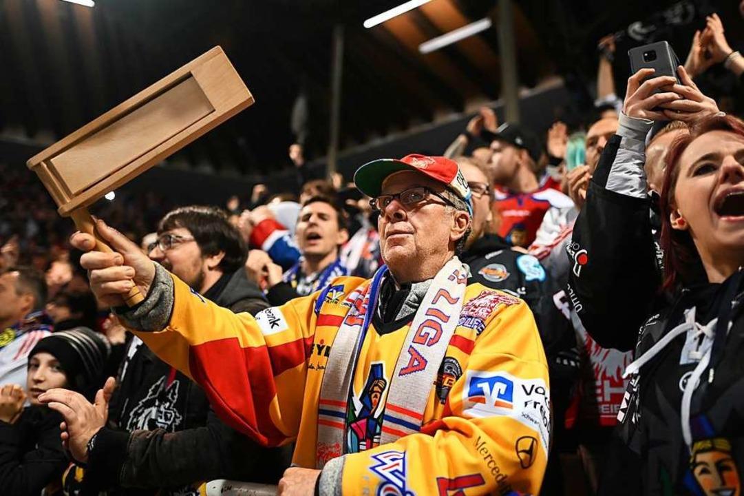 Können die EHC-Fans in der kommenden Saison wieder mehr jubeln?  | Foto: Patrick Seeger