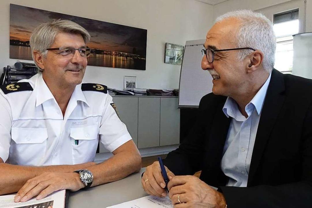 Polizeipräsident Renter (links) und OB...ngen in punkto Sicherheit guter Dinge.  | Foto: stadt Kehl