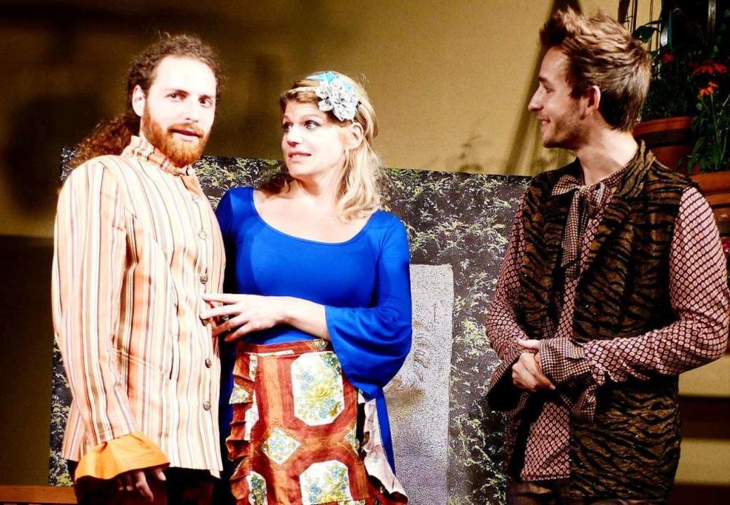 Hier sind die Herren die Diener &#8211...co Riera, Juliane Flurer,  Nils Jensen  | Foto: Zimmermann