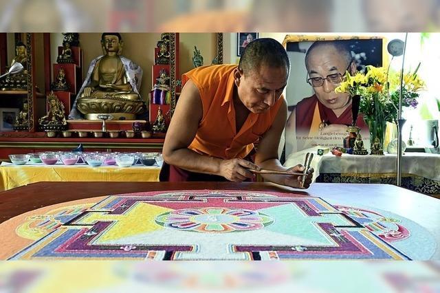 Ein Mandala zum Geburtstag des Dalai Lama