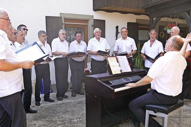 Der Jüngste im Chor ist schon 20 Jahre lang dabei