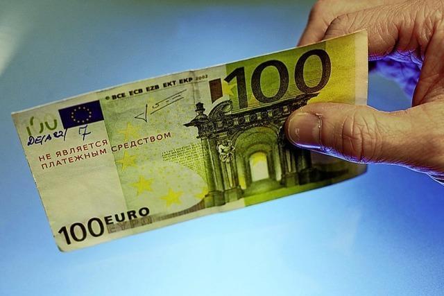 Falscher 100-Euro-Schein bringt Rentner vor Gericht