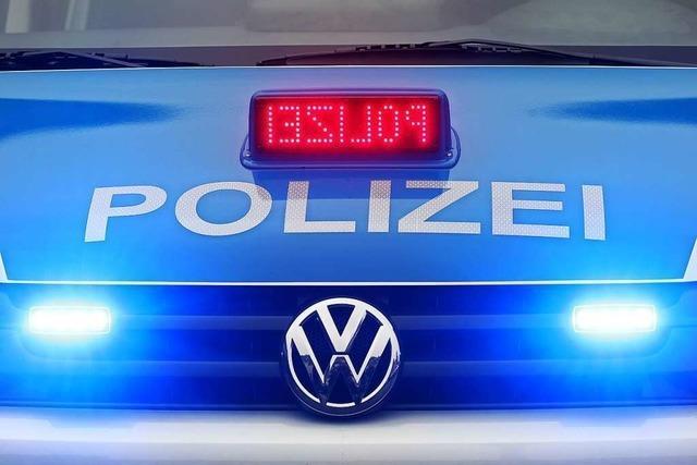 Betrunkener Unfallverursacher meidet die Polizei