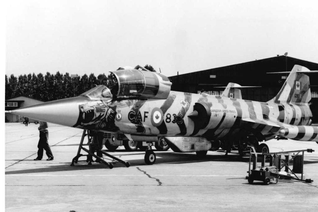 Wäre er im Ernstfall mit einer Atomrak...et der kanadischen Luftwaffe  in Lahr   | Foto: BZ-Fotoarchiv