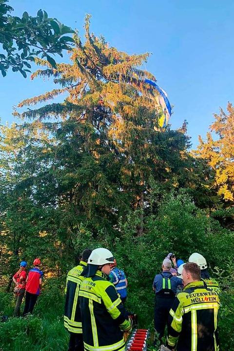 Bergwacht und Feuerwehr waren vor Ort.  | Foto: Volker Münch
