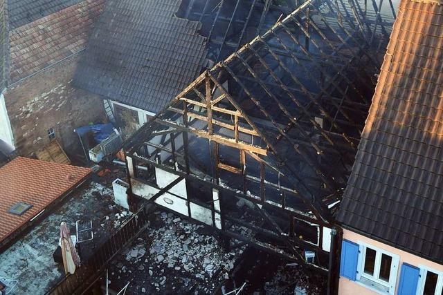 Spezialisten vom LKA sind an den Ermittlungen zur Brandserie beteiligt