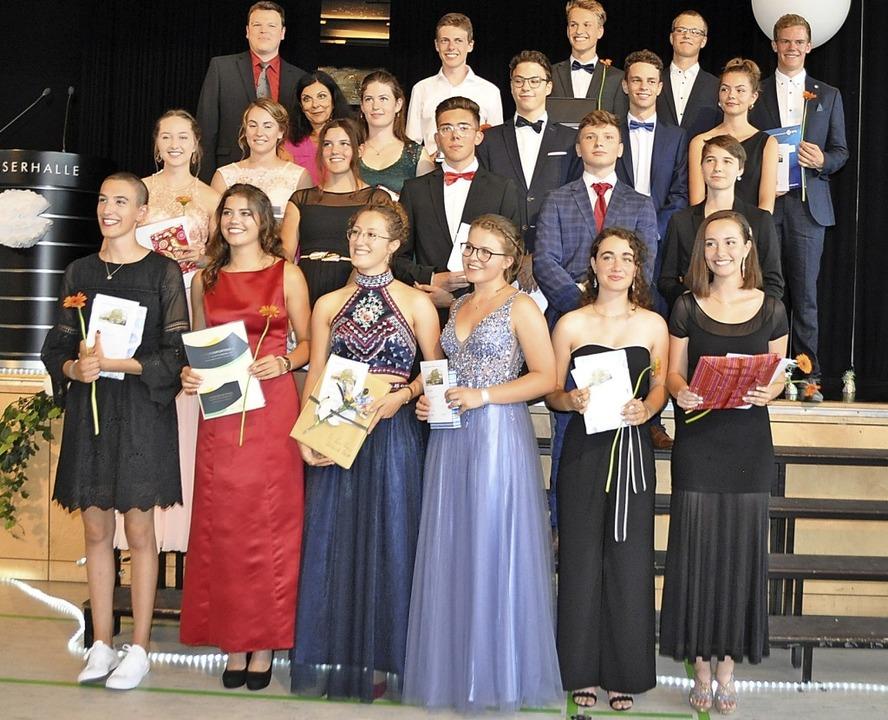 Sie alle bekamen Preise für besondere ... und Linus Hampel (rechts neben ihm).     Foto: Rainer Ruther