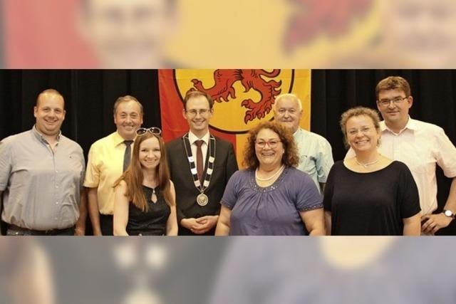 Bächle verabschiedet sieben Stadträte