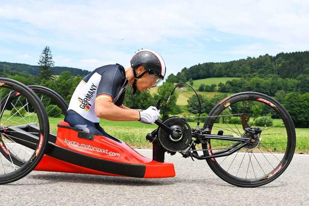 Futuristisch wirkt das Handbike von An...ten Behindertensportlerinnen der Welt.  | Foto: Achim Keller