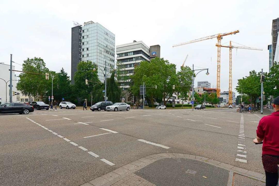 Der Bereich an der Ecke Friedrichstraß...t, meint BZ-Redakteur Joachim Röderer.  | Foto: Ingo Schneider