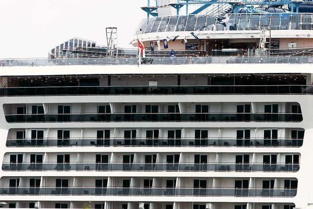 Wieso richten Kreuzfahrtschiffe Schäden an?