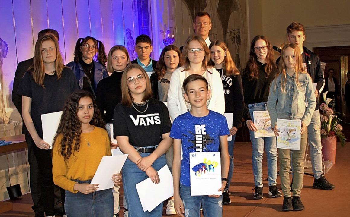 Die Preisträger der Hugo-Höfler-Realschule  | Foto: Volker Hammeran