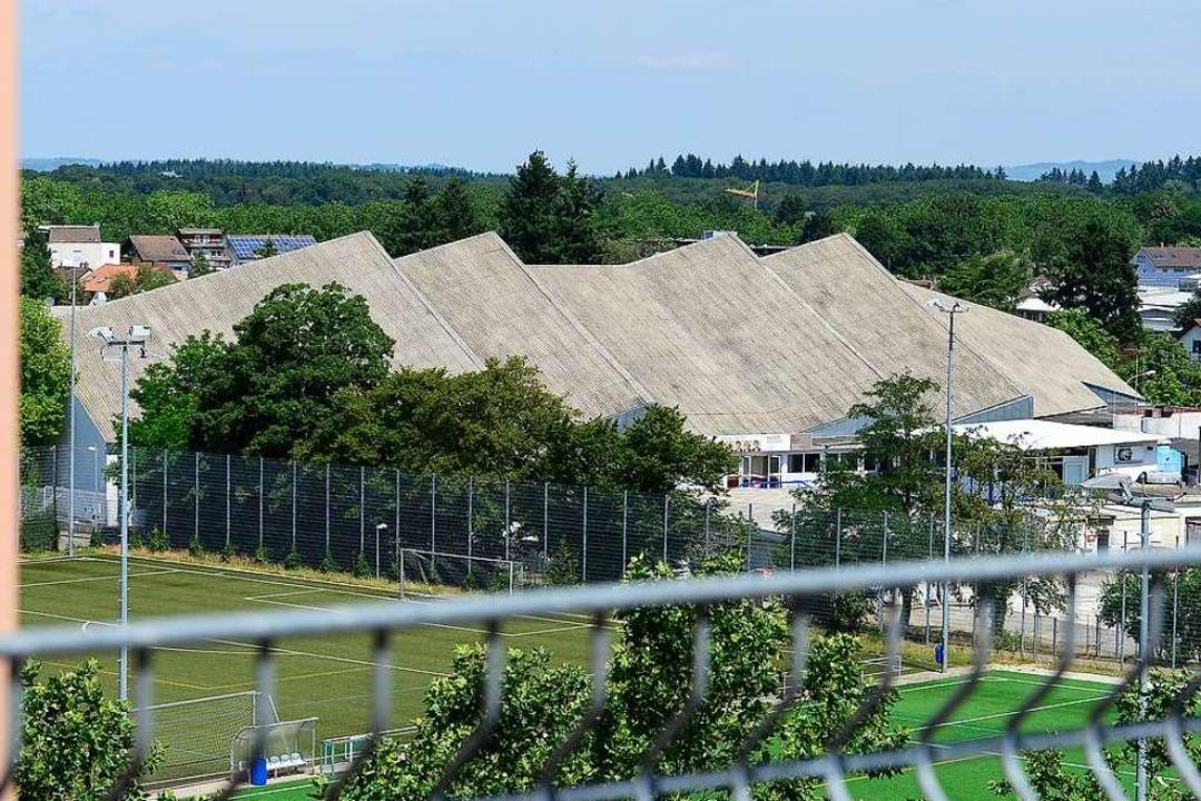 Noch heißt die Spielstätte des EHC Franz-Siegel-Halle.  | Foto: Ingo Schneider